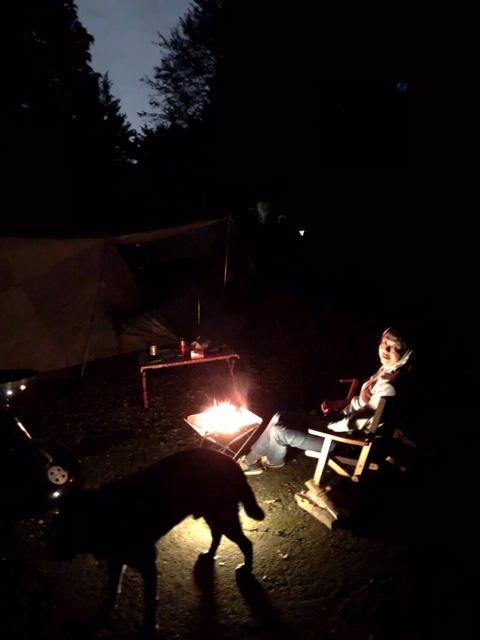 キャンプ.8